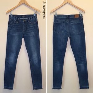 Lucky Brand Brooke Skinny jeans with raw edge hem